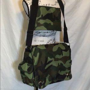 KalenCom camouflage Messenger diaper bag